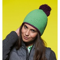 ID1000 POMPON HAT WITH CONTRAST STRIPE